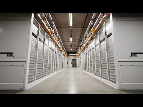 Story Labs 360: Inside a Microsoft server room