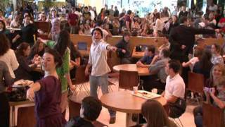 Mamma Mia! - Flash Mob no Shopping Vila Olímpia 02