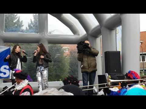 Sinterklaas intocht Zeist Buddy Vedder en Sarah & Julia in Zeist 2016