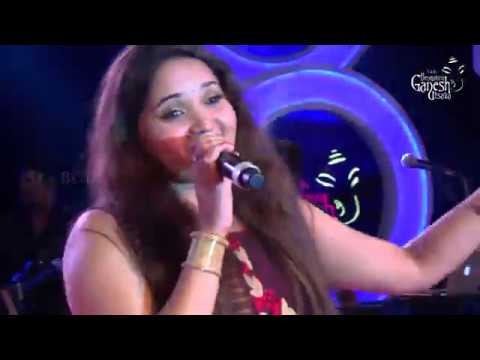 """Anuradha Bhat singing """"I wanna singa songu"""" @ 54th Bengaluru Ganesh Utsava"""