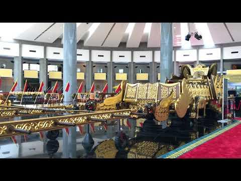汶萊(Brunei)蘇丹登基銀禧紀念館Royal Regalia Museum巡遊人力車外觀31032018