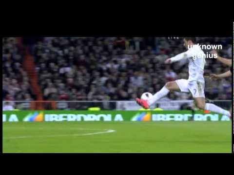 Cristiano ronaldo dive vs valencia 2 youtube for Cristiano ronaldo dive