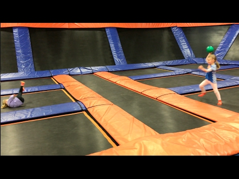 Omaha Week 24 | We had a fire | The girls visit Sky Zone