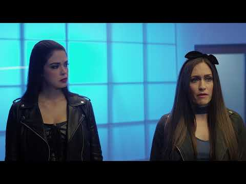 Avengers Grimm: Time Wars - Trailer