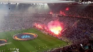 Schitterende sfeer in Lyon voor Europa League-finale Marseille-Atlético Madrid
