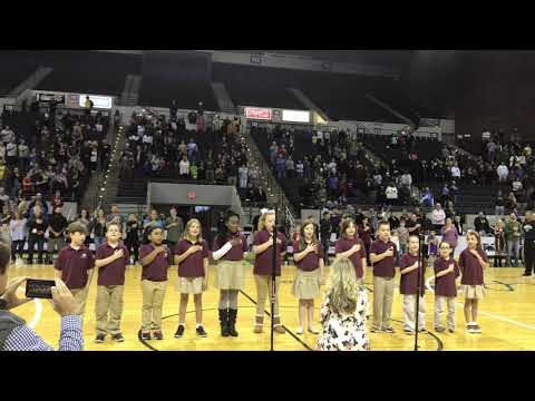 Marcus Pointe Christian School - National Anthem for the Harlem Globetrotters 11/29/18