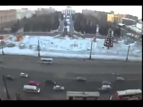 A Compilation Of Chelyabinsk Meteor Footage From February 15, 2013