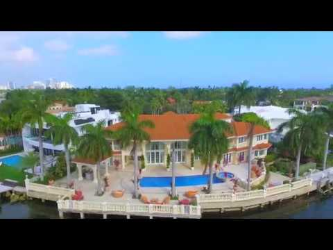 Golden Beach Mansion upon 200 ft of Waterfrontage ! 154 South Island Golden Beach