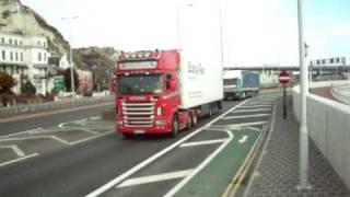 Smart noisy Scania V8 at Dover