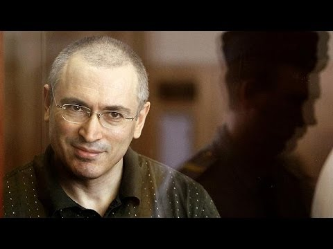 Presidential pardon for Khodorkovsky stirs debate