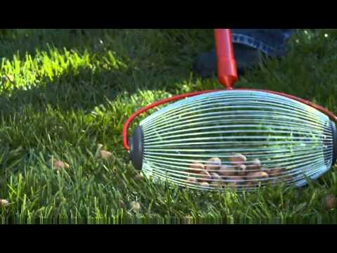 Garden Weasel Nut Gatherer Pro