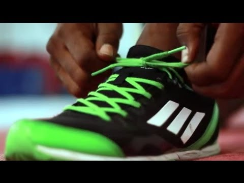 how-to-tie-shoes-for-ankle-support-:-fitness-exercises