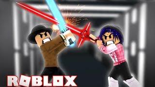 JEDI MASTER CALLUM VS DARTH CHELSEA! Roblox Star Wars Battaglie con la spada laser!