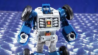 TRANSFORMERS GENERATIONS POWER OF THE PRIMES LEGENDS CLASS BEACHCOMBER VIDEO TOY REVIEW