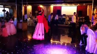 Армянский танец. Mshov ahchik