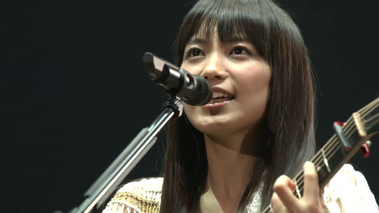 miwa 『don't cry anymore』 武道館~acoguissimo~ - YouTube