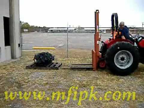 Codbf in addition  together with Cm Point Forklift On Kubota  pact Tractor From Side in addition Hqdefault besides C Cefd Ce B. on 3 point hitch for forklift