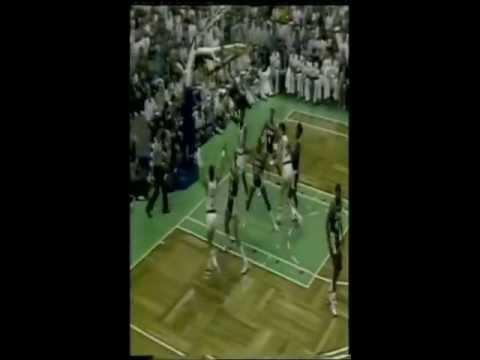 A.C. Green dunk over Larry Bird NBA 1987 Finals G5.Lakers Celtics