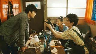 北海道函館の古い洋館に古本屋を開くためにやって来た小説家と、そこに...