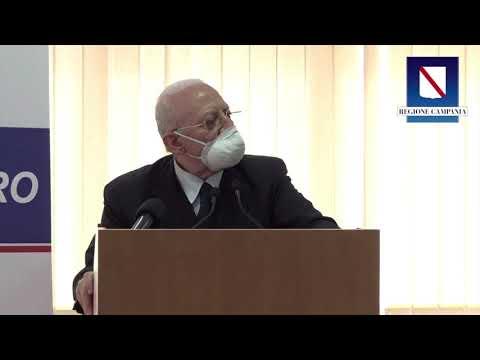 Vaccini in Campania, dal governatore De Luca, iniziative clamorose
