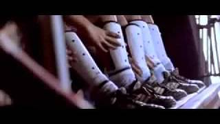 Ek Hockey Doongi Rakh Ke - Chak De India Music Video