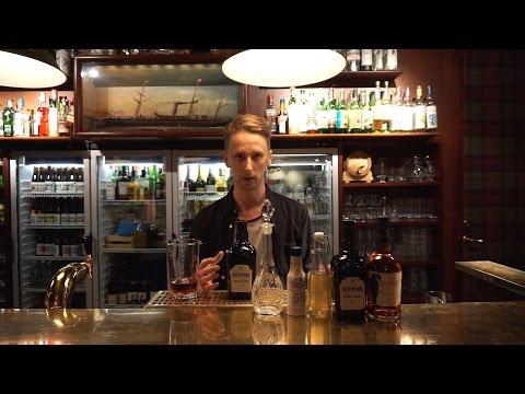 """Se Rickard Salzmann-Erikson göra drinken """"Valnöt och körsbär"""""""