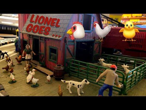 lionel-trains-go-chicken-featuring-illuminated-poultry,-pig-and-aquarium-cars!