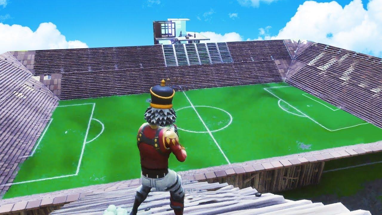 building a stadium in fortnite battle royale - fortnite football field creative