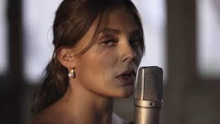 Смотреть клип Maëlle - L'effet De Masse