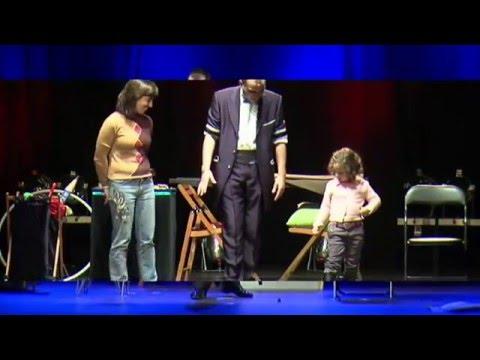 Luis Joyra - Show de magia y humor