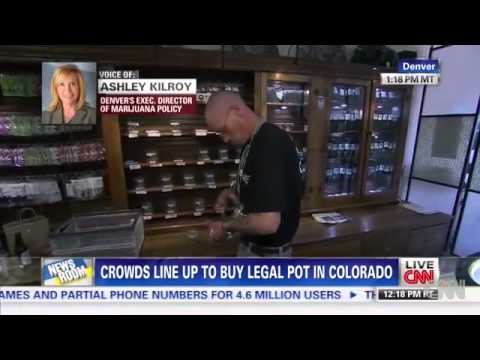 Crowds line up to buy legal pot in Colorado  medium