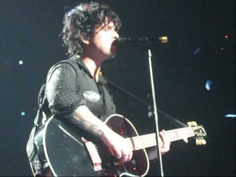 "Green Day - ""Macy's Day Parade"" (Live in Boston - 7/20/09)"