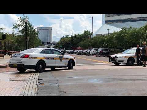 Jacksonville Sheriff's Office Responding Into Crime Scene