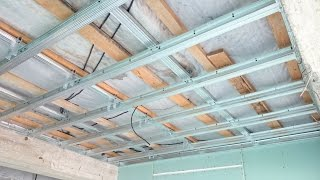 гипсокартонный потолок 18. Монтаж в воздухе. Gypsum ceiling.(редкий способ монтажа ровного гипсокартонного потолка, когда некуда крепить подвесы. Профиль сдваивается,..., 2014-09-23T18:40:18.000Z)