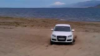 Audi Q7 vs Mitsubishi L200 vs Toyota Land Cruiser Prado 120