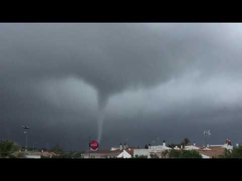 Tornado cap de fibló cala,n Blanes Ciutadella Menorca 1 abril 2017