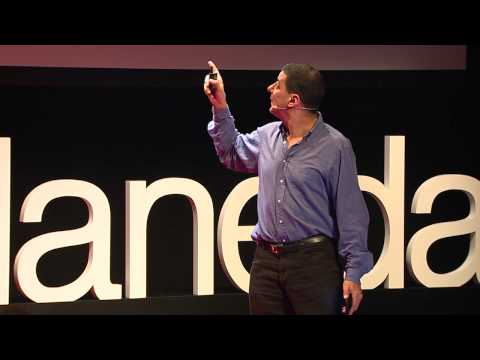 In search of truth - Truth, as seen by an American journalist | Jake Adelstein | TEDxHaneda