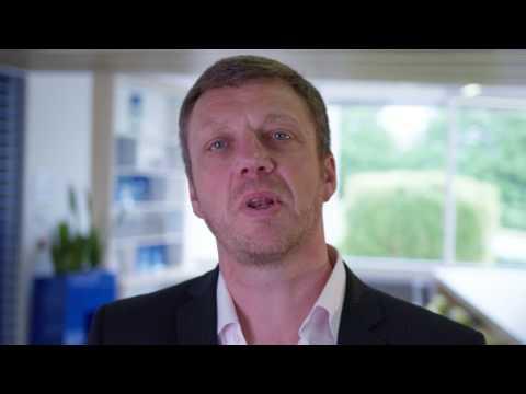 Hybrid IT and Data Fabric - Finance Video
