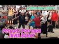 Terpegun bila group penari2 dari Jawa Barat memperagakan aksi2 luar biasa dlm lagu jarang goyang