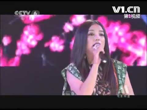 Vicki Zhao Wei and Jane Zhang duet of Painted Heart (赵薇 张靓颖 画心)