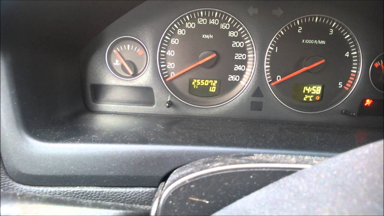 Volvo V70 D5 2006r problem z odpaleniem - YouTube