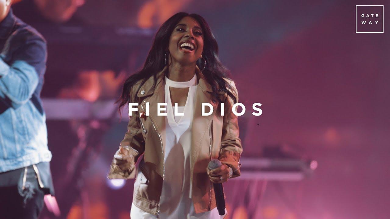 Fiel Dios (con Lilly Goodman)   En Vivo   GATEWAY