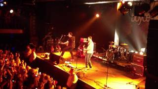 Tyler Ward and Alejandro - Fix You (Live in Hamburg)