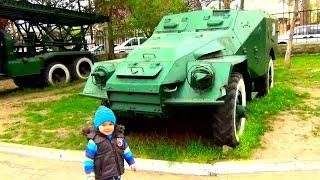 Tancuri, Tunuri și avioane la Muzeul Armatei Naționale  Bogdan`s Show exploreaza