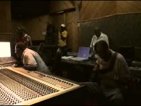 "Studio vibes : ""Tarab"" riddim at Harry J"
