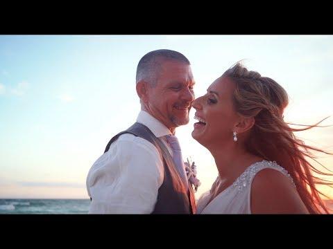 john-and-jill's-destination-wedding-at-ocean-towers-beach-club-in-panama-city-beach,-fl