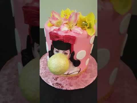 Bubble Gum Pin Up Girl Cake