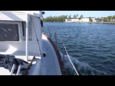 WILLARD VEGA 30 SEARCHER TRAWLER sea trial