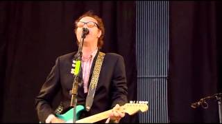 Till The End Of The Day - Ray Davies - Glastonbury 2010 HD