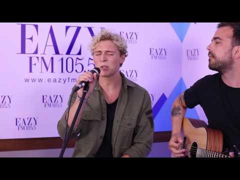 Naked Acoustic - Christopher | Eazy FM
